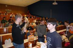 [036] Lunchlezing 'Paradoxen'